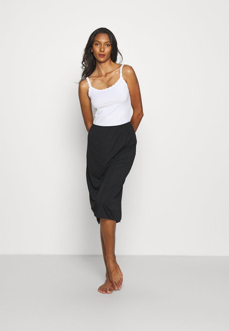 Marks & Spencer London - 2 PACK - Maglietta intima - white/black