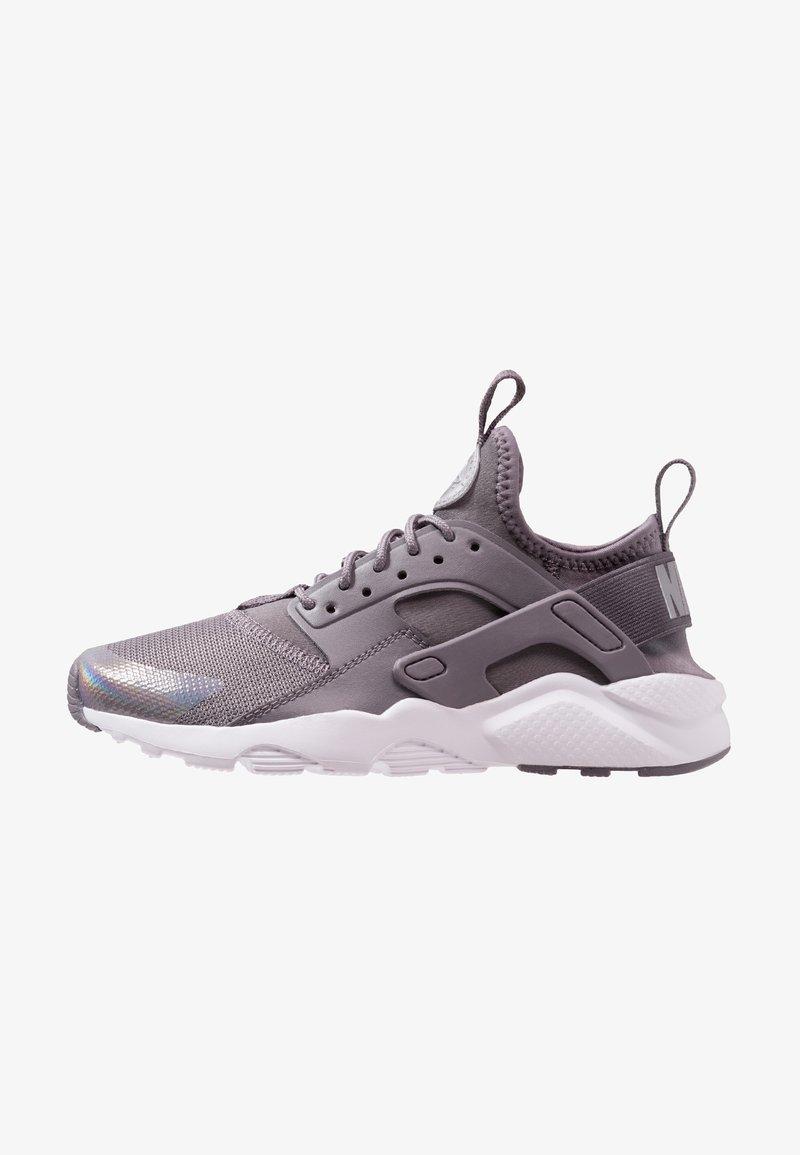 Dannoso Patria assassino  Nike Sportswear AIR HUARACHE RUN ULTRA - Sneakers basse - gunsmoke/metallic  silver/white - Zalando.it