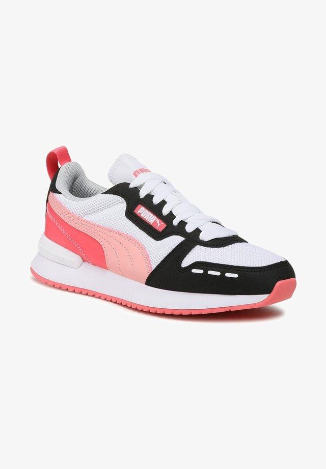 Chaussures d'entraînement et de fitness - pink