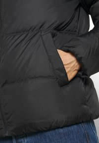 Tommy Jeans - ESSENTIAL JACKET - Kurtka zimowa - black - 6