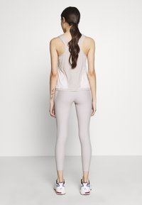 ONLY PLAY Petite - ONPJACINTE TRAINING TIGHTS PETIT - Leggings - ashes of roses/lilac ash/white - 2