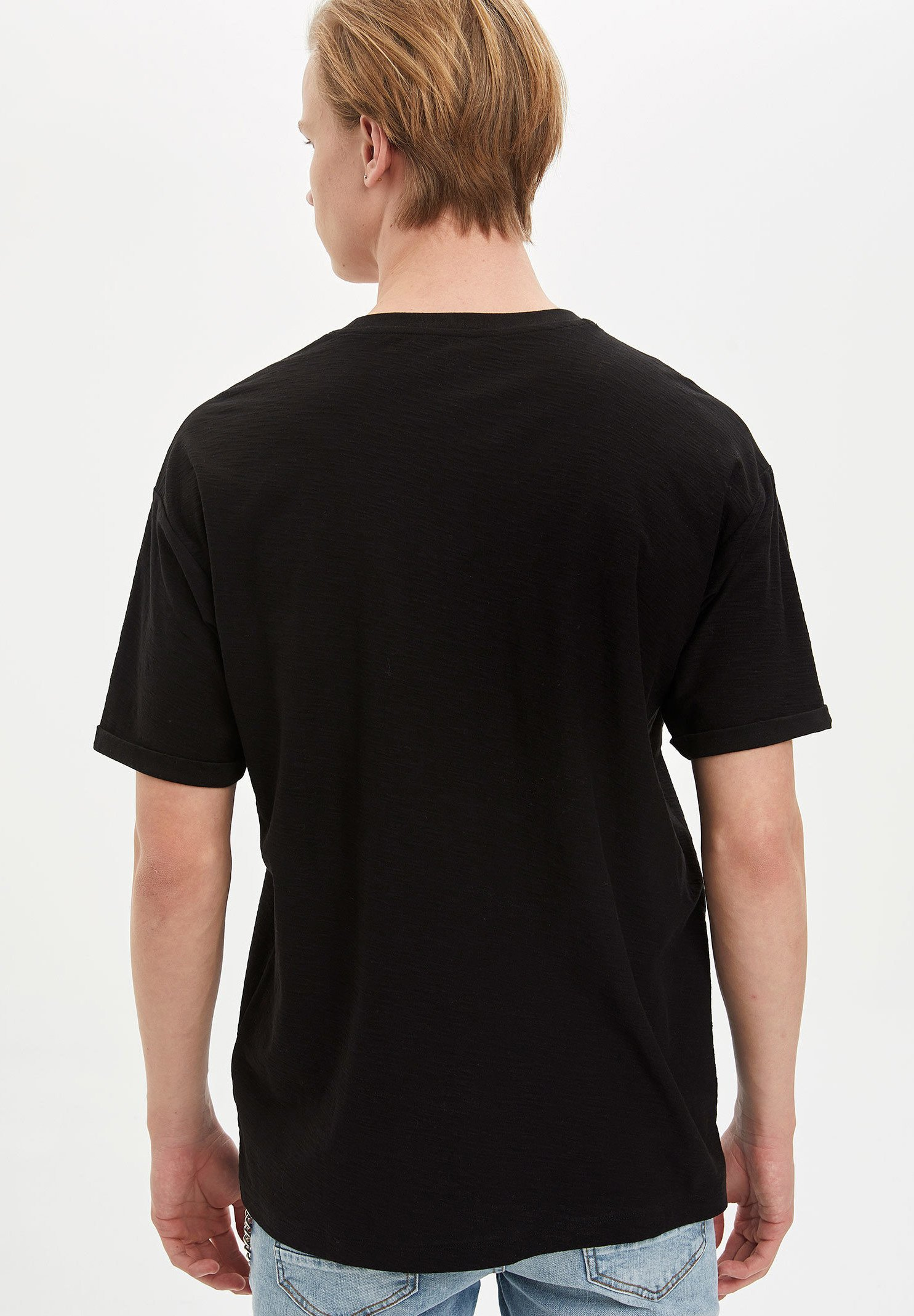 DeFacto Basic T-shirt - black a2u0j