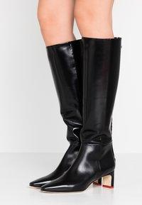 Aeyde - SIDNEY - Vysoká obuv - black - 0