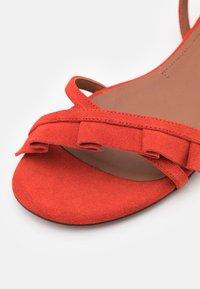 L'Autre Chose - FLAT - Sandals - siam - 6
