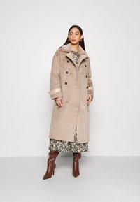 Topshop - REVERSIBLE COAT - Classic coat - mink - 0
