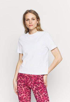 MICHAELA TEE - T-shirt basic - brilliant white