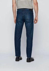 BOSS - TABER+ - Jeans Tapered Fit - dark blue - 2