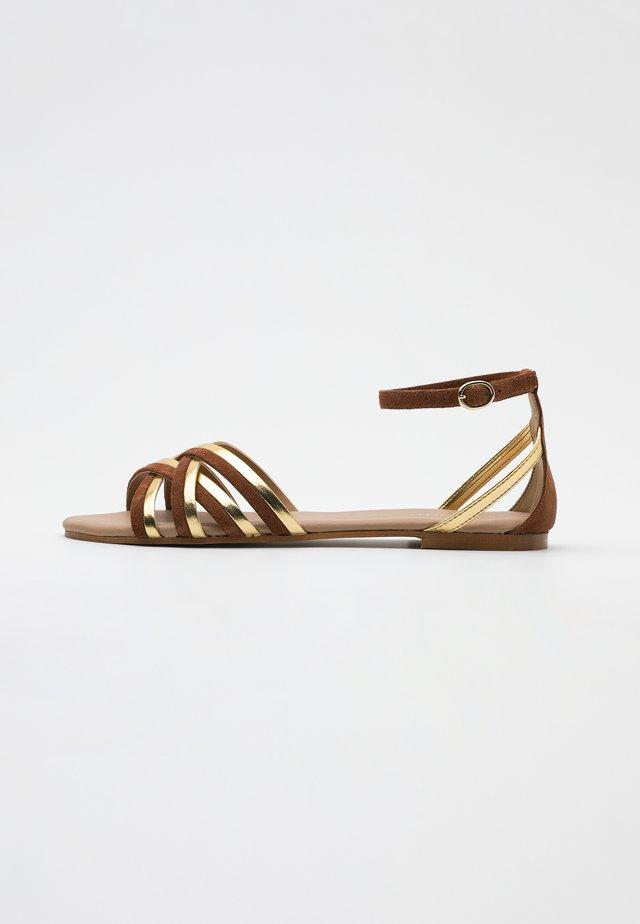 LEATHER - Sandals - cognac/gold