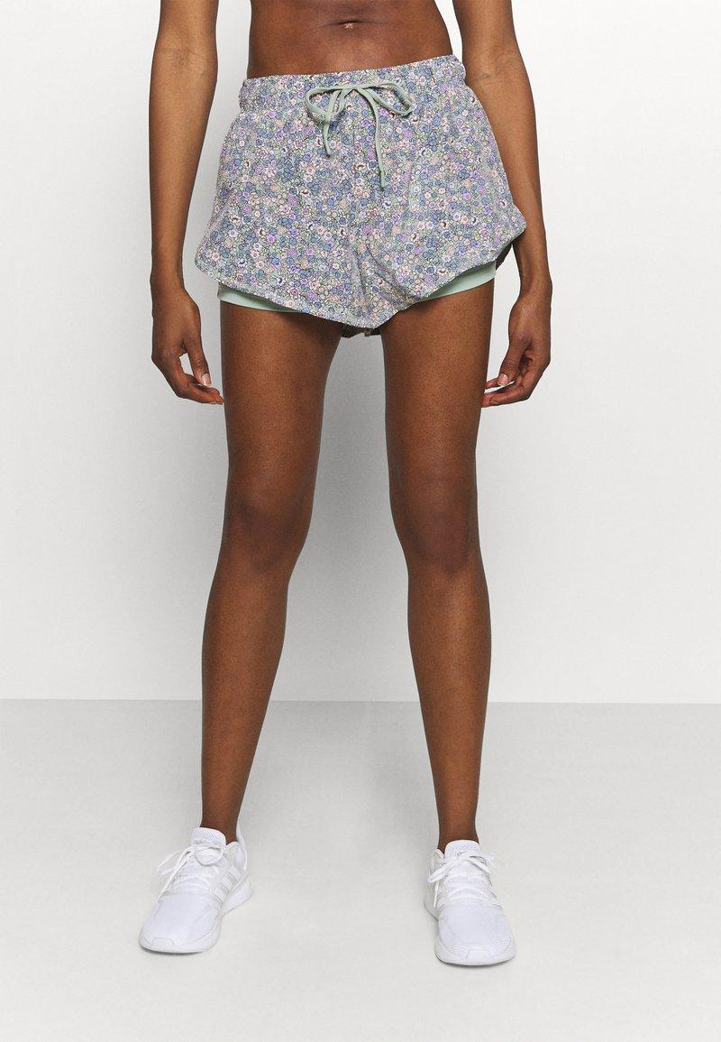 Cotton On Body - MOVE JOGGER SHORT - Pantalón corto de deporte - mint chip