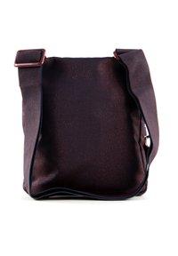Mandarina Duck - Across body bag - blackberry syrup - 2