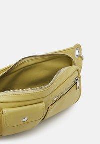 HVISK - BRILLAY SOFT - Handbag - lime green - 2