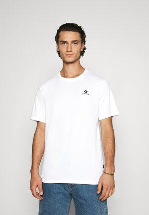 MENS EMBROIDERED STAR CHEVRON LEFT CHEST TEE - Jednoduché triko - white