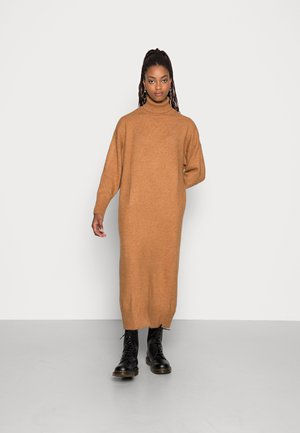 GIA DRESS - Neulemekko - meerkat