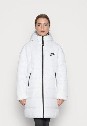 CLASSIC - Winter coat - white/black