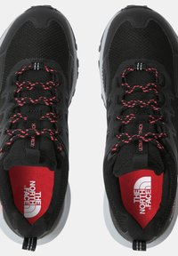 The North Face - W ULTRA FASTPACK IV FUTURELIGHT - Trainers - tnf black fiesta red - 3