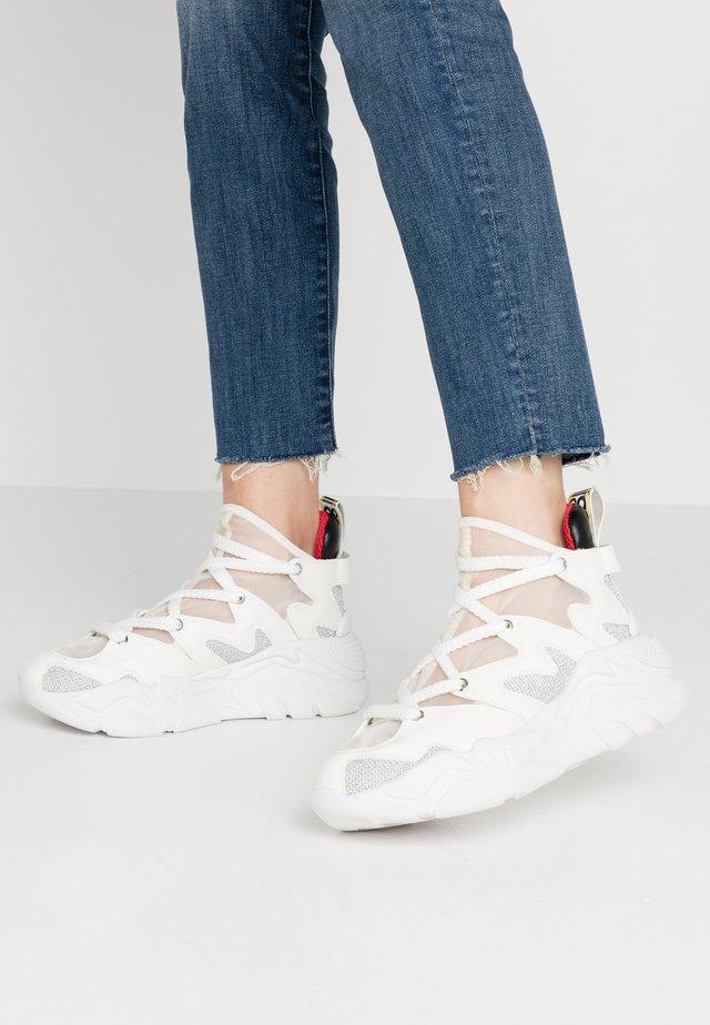 Sneakers alte - white