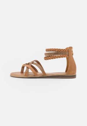 Sandály s odděleným palcem - medusa sand