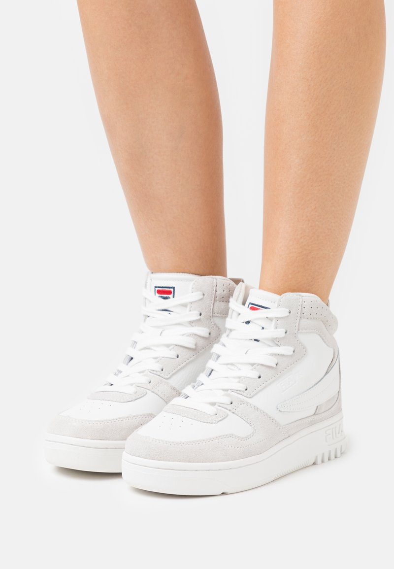Fila - FXVENTUNO MID - High-top trainers - white/marshmallow
