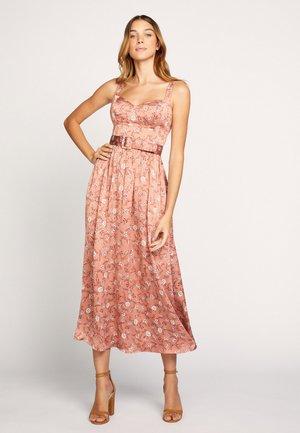 VALENCIA - Robe d'été - ge-bois de rose