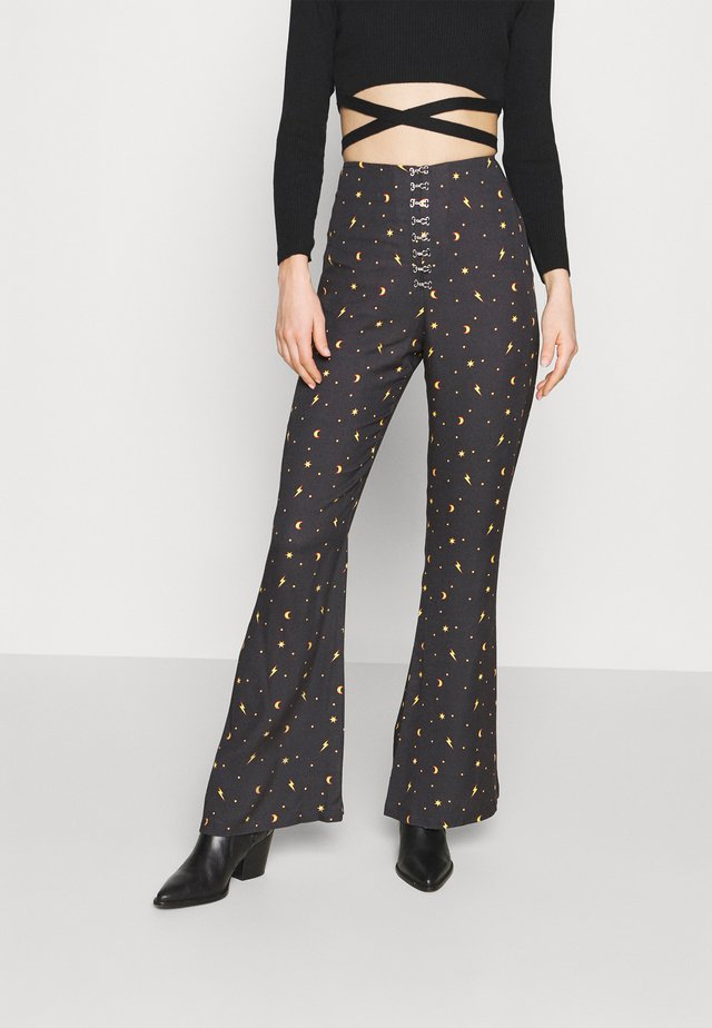 MYSTICAL TROUSER HOOK & EYE DETAILING - Kangashousut - black