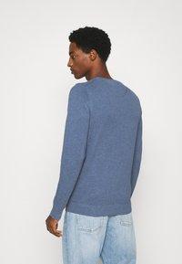 GANT - C NECK - Pullover - denim blue - 2