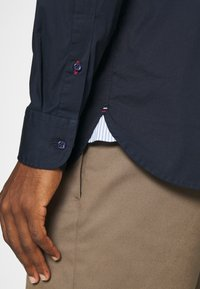 Tommy Hilfiger - SLIM STRETCH SHIRT - Shirt - blue - 4