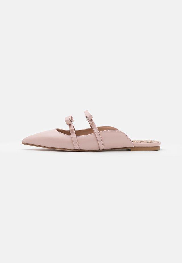 SABOT - Pantofle - nude