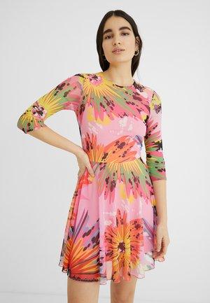 DESIGNED BY MARIA ESCOTÉ: - Vestido informal - red, pink