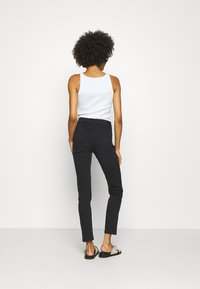 Opus - EMILY SNAKE TAPE - Jeans Skinny Fit - coal black - 2