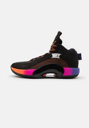 AIR 35 - Koripallokengät - black/total orange/hyper grape