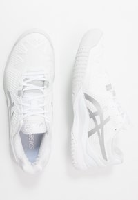 ASICS - GEL-RESOLUTION 8 - Multicourt tennis shoes - white/pure silver - 1