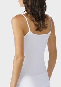 mey - SPAGHETTI TOP SERIE COTTON PURE - Undershirt - white - 1
