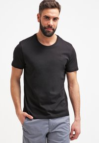 s.Oliver - 2 PACK - Basic T-shirt - black - 1