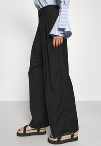 By Malene Birger - CYMBARIA - Trousers - black - 3