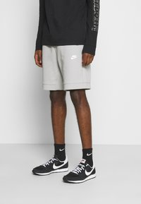 Nike Sportswear - MODERN - Shorts - smoke grey/ice silver/white - 0