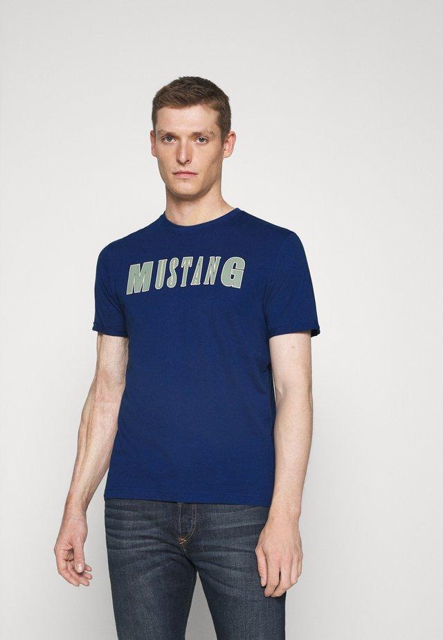 ALEX C - T-shirt print - dark blue