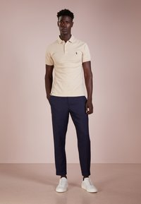 Polo Ralph Lauren - SLIM FIT MODEL - Polo shirt - expedition dune - 1