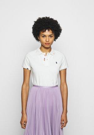 SHORT SLEEVE - Polo shirt - deckwash white