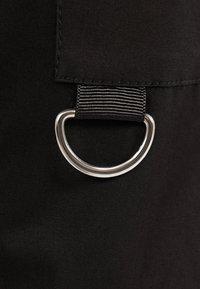 Bershka - Pantaloni - black - 5