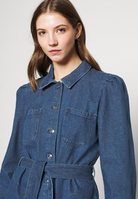 ONLY - ONLMELROSE JACKET YORK - Denim jacket - medium blue denim