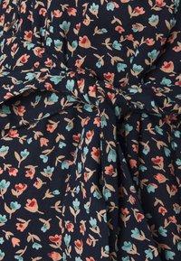 Pieces Maternity - PCMBRENNA ANKEL DRESS  - Vestido informal - maritime blue - 2