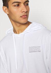 Diesel - UMLT-JIMMY T-SHIRT L-S - Hoodie - white - 5