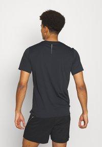ODLO - ZEROWEIGHT CHILL TEC CREW NECK - T-shirt imprimé - black - 2