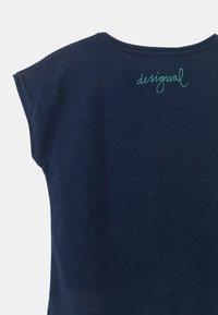 Desigual - LONDRES - Print T-shirt - blue - 3