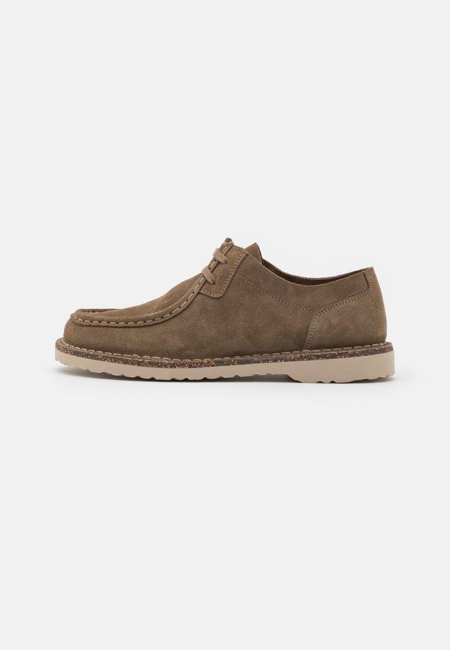 PASADENA  - Volnočasové šněrovací boty - gray/taupe