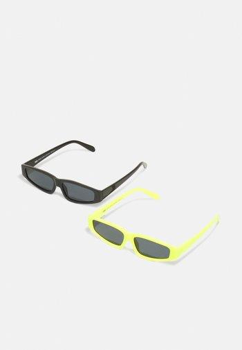 SUNGLASSES LEFKADA UNISEX 2 PACK - Sunglasses - neonyellow/black