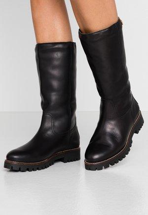TANIA IGLOO TRAVELLING - Boots - black