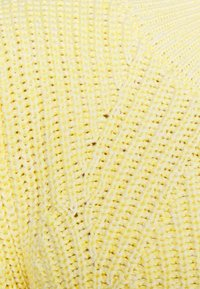 GAP - DIRECTIONAL RELAXED CREW - Neule - bold yellow - 5