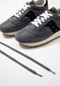 Saucony - JAZZ VINTAGE - Trainers - grey/black - 7