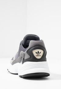 adidas Originals - FALCON - Sneakers - grey one/grey two/grey four - 5